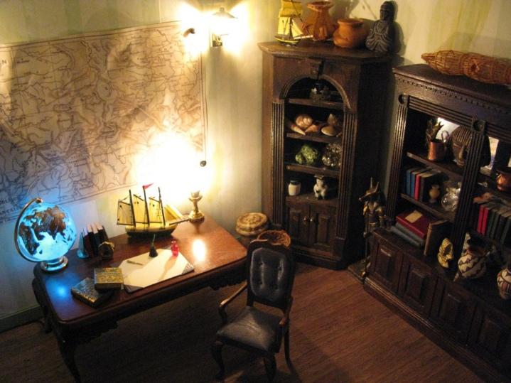 Jules Verne's Steampunk Garden: Office lighting