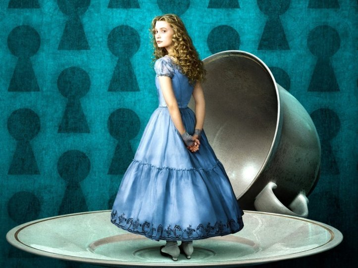 Alice-in-Wonderland-wallpaper-tim-burton-18698660-1024-768
